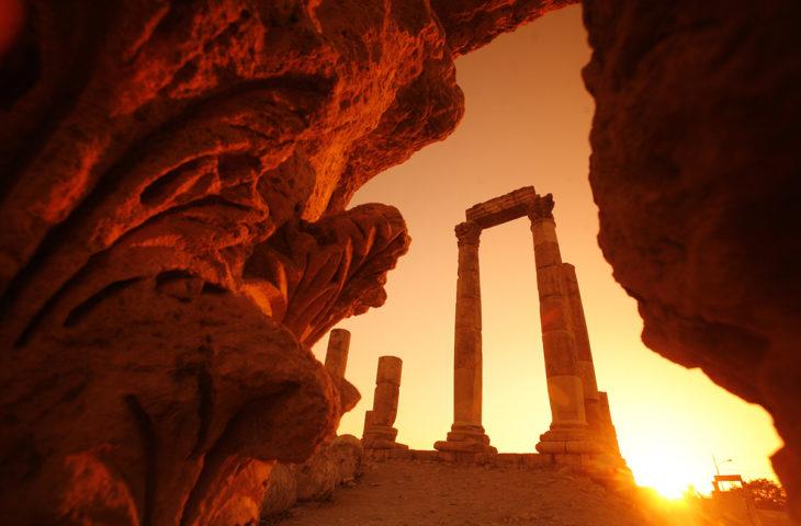 Visiter la Jordanie en famille dans la ruine de Jabal al Qalah à Amman