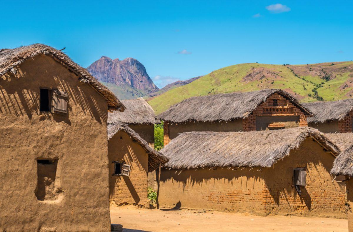 typische Häuser im Süden Madagaskars