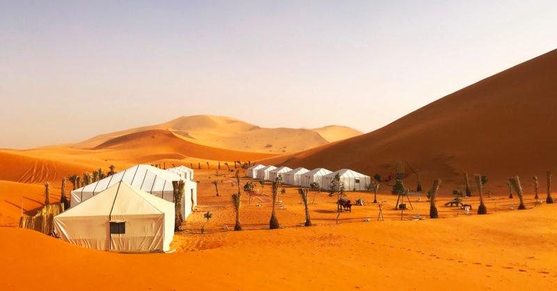 Sahara-Wüste und Glamping, Geführte E-Bike-Tour in Marokko