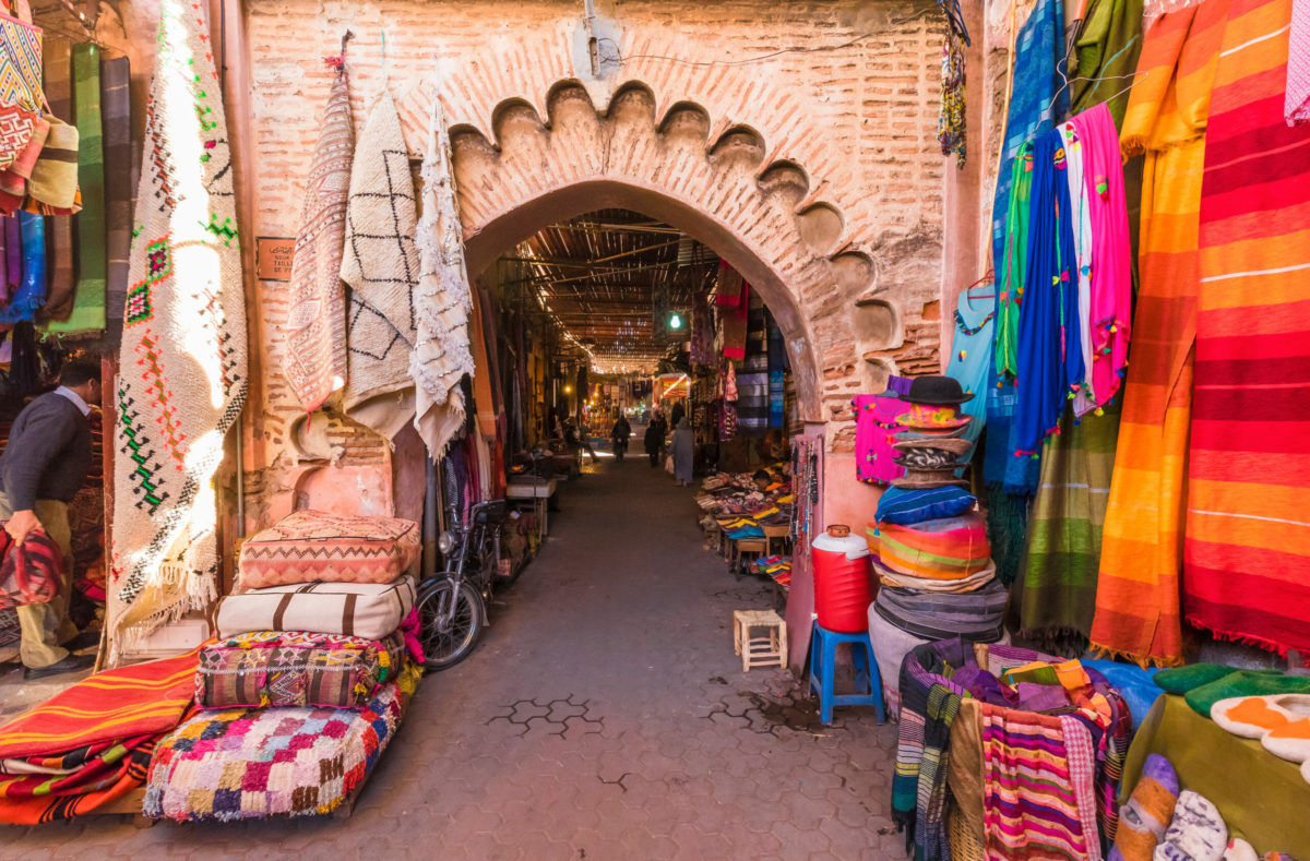 Besuchen Sie den Souk in Marrakech mit einer Gruppe