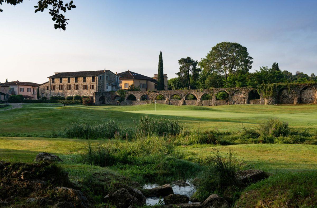 Golfaufenthalt im Château de la Bégude in Frankreich