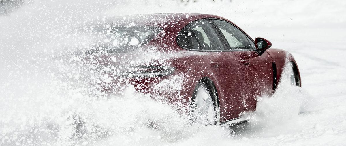 Fahren auf Schnee lernen