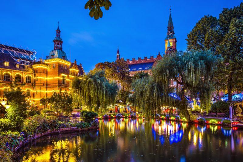 Besuchen Sie die Tivoli-Gärten in Kopenhagen