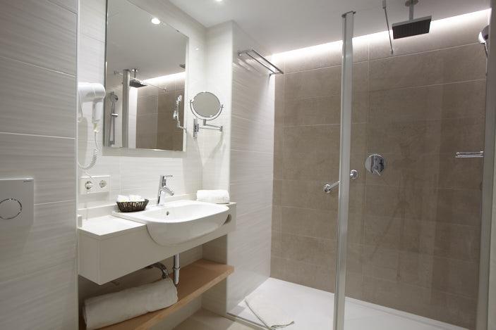 Universal Hotel Cabo Blanco_Doppelzimmer Superior Bad