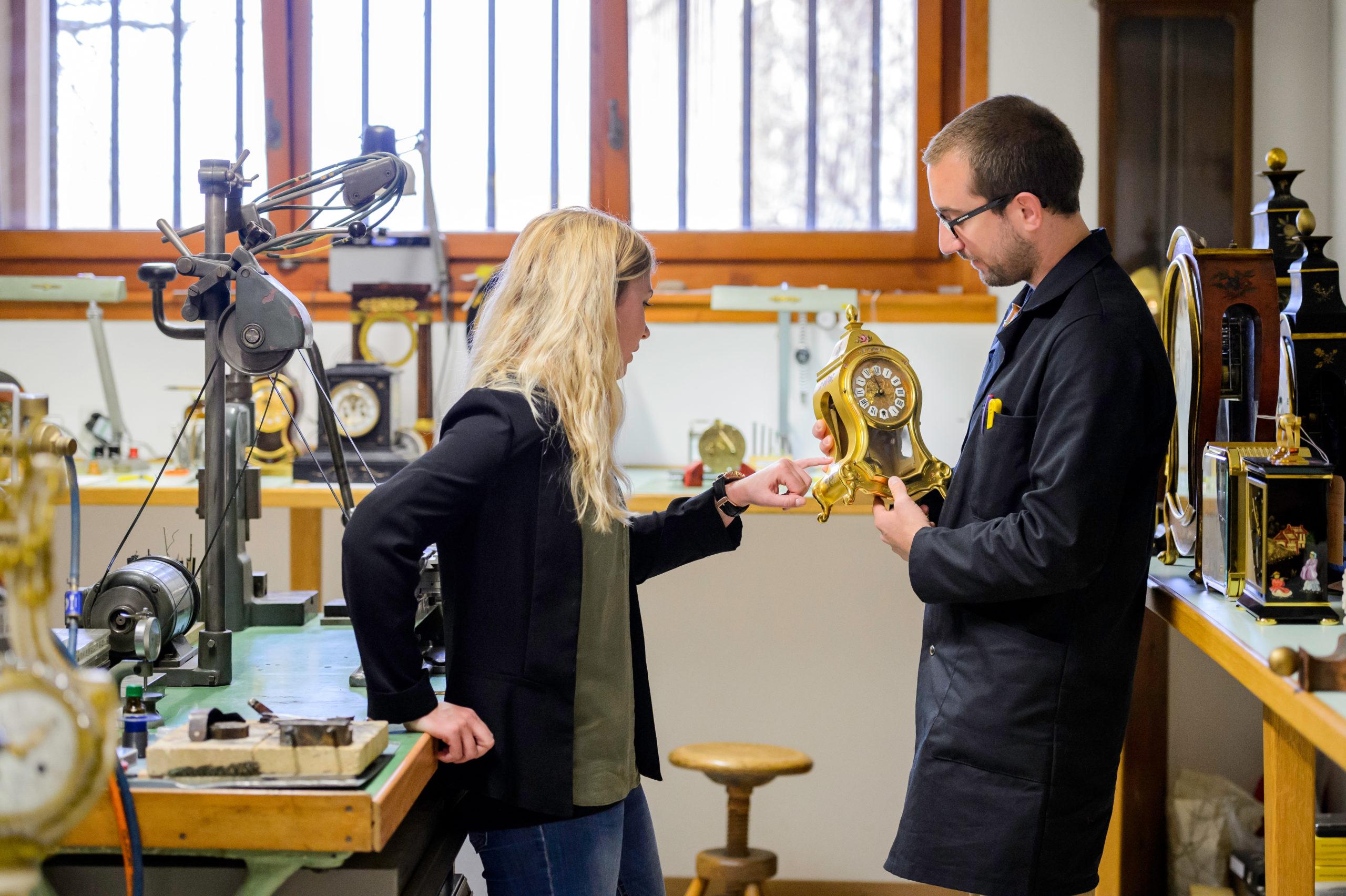 Goldenes Glockenspiel im Auvernier Neuenburgerland