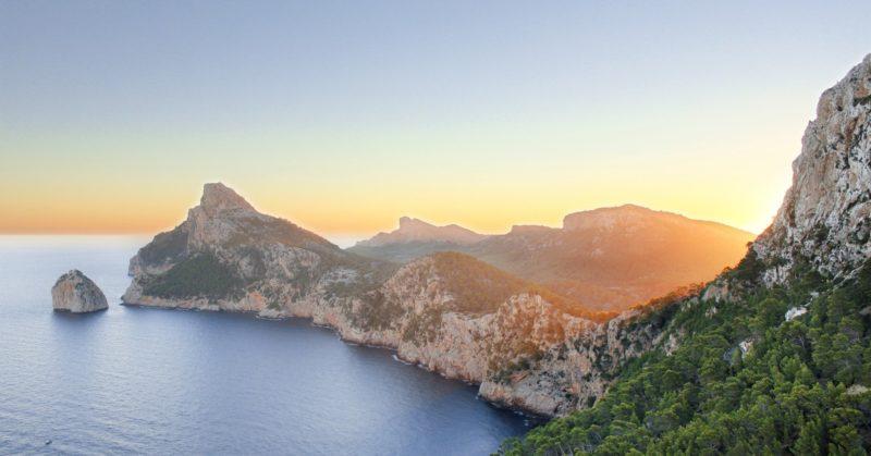 Ferien auf Mallorca Sonnenuntergang am Kap von Formentor