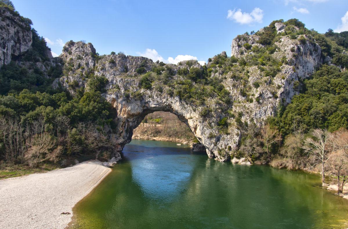 Vallon Pont d'Arc, ein natürlicher Bogen der Ardèche
