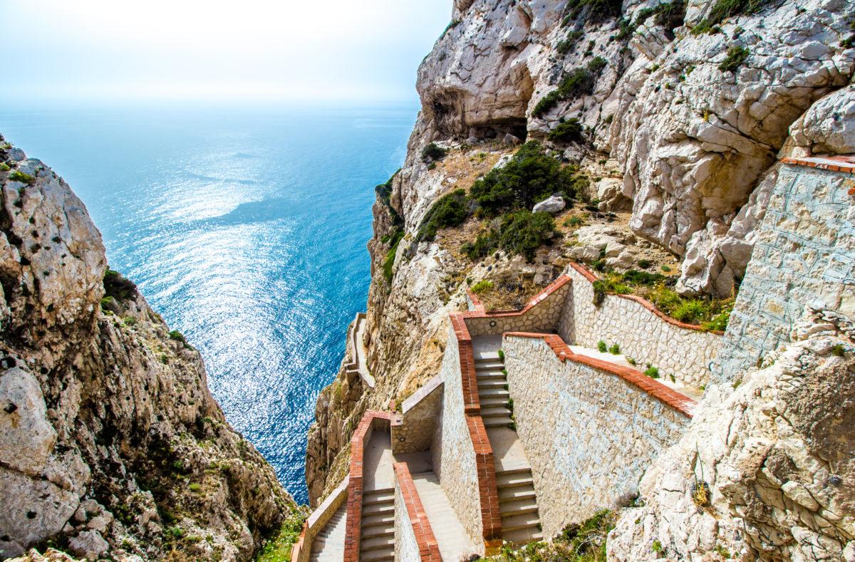 Grotte des Neptun Treppenhaus, Klippen von Capo Caccia, in der Nähe von Alghero, Sardinien