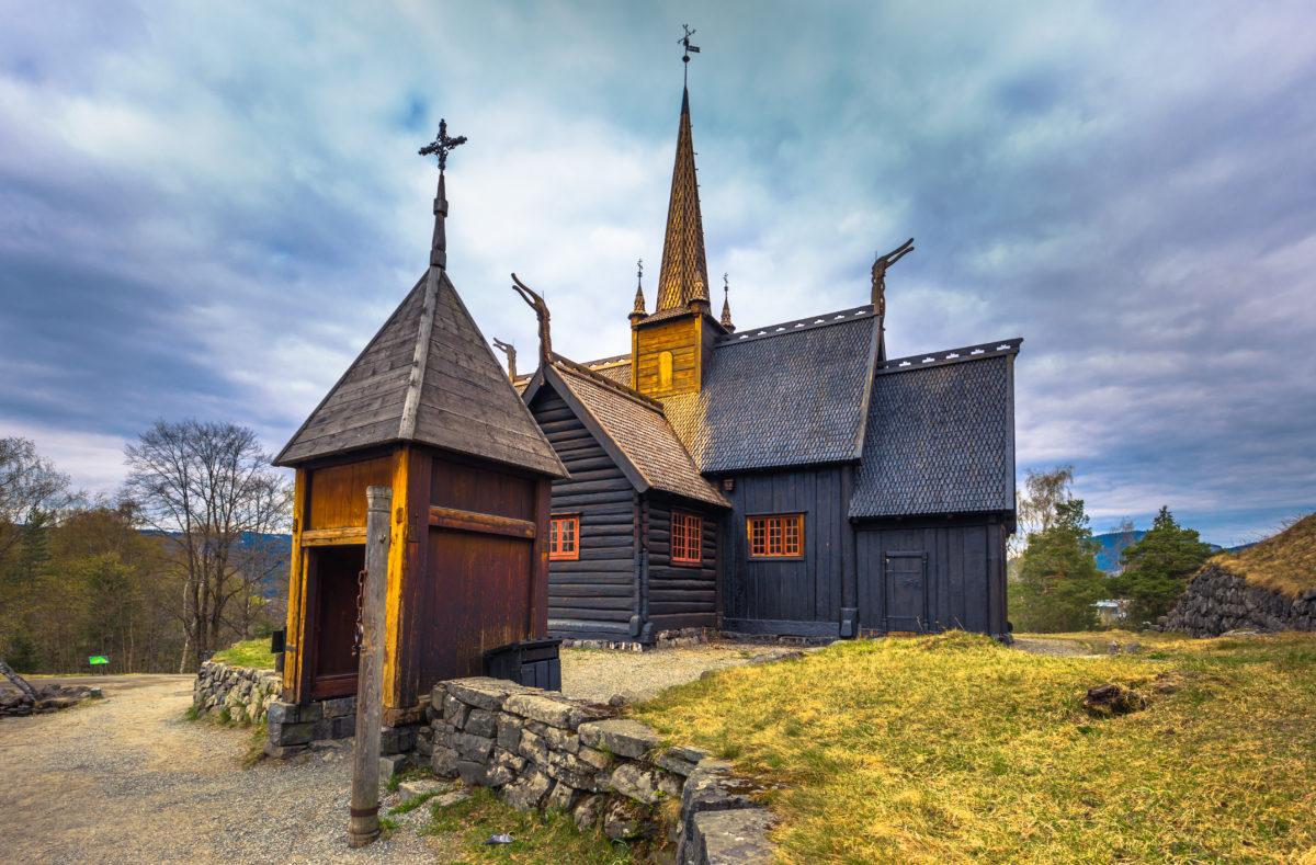 Garmo Stabkirche in Lillehammer, Norwegen